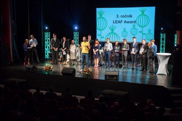 Forbes.sk: LEAF vyhlásil tri top projekty ľudí do 19 rokov. Tvorcovia dostanú grant 5-tisíc eur