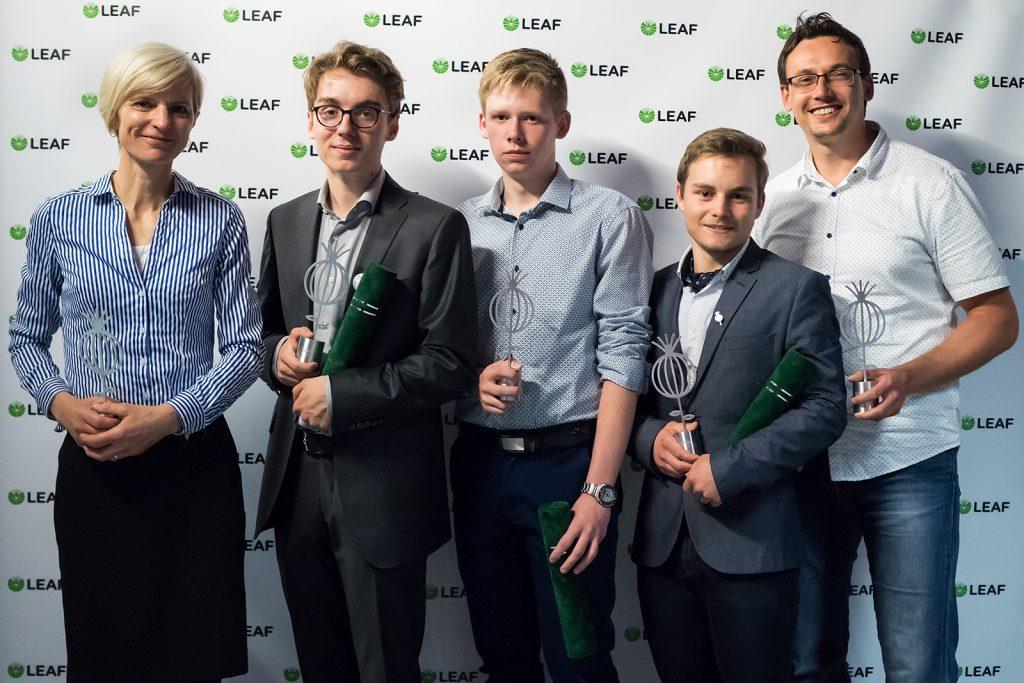 Laureáti 3. Ročníka LEAF Award (zľava: Marta Páleníková, Emanuel Kucbel, Peter Škripko, Filip Geib, Juraj Kováč)