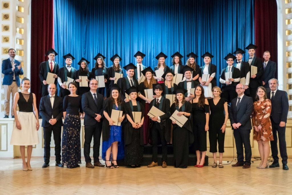Prví absolventi LEAF Academy
