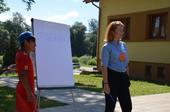 Budúca učiteľka má len 19 rokov, do jej letnej školy sa už hlásili desiatky Rómov.